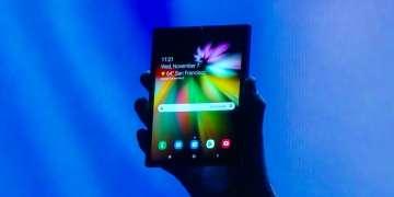 samsung_foldable_phone