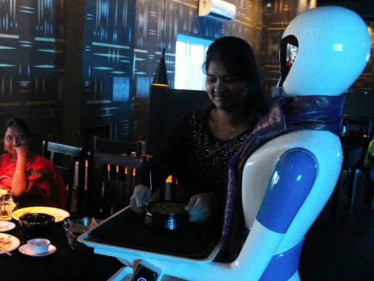 robot in resturo